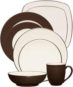 Colorwave Chocolate by Noritake. #dinnerware #wedding #registry #tablescape #mixandmatch #tabletop #brown #chocolate
