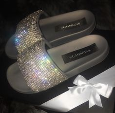 Cute Sandals, Cute Shoes, Me Too Shoes, Trendy Sandals, Sneaker Heels, Shoes Sneakers, Shoes Heels, Bling Shoes, Bling Bling