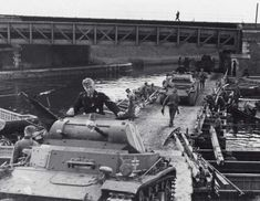 German PzKpfw I tanks cross a pontoon bridge Panzer Ii, Germany Ww2, Armored Fighting Vehicle, Fighter Pilot, North Africa, Military Vehicles, World War, Wwii