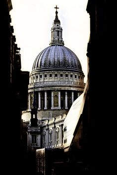 Saint Paul's Cathedral, London. i've seen the great cathedrals of italy and St Paul's is still my favorite.