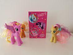 Au mois de décembre ma fille a fêté ses 6 ans avec quelques copines, et je lui ai fait la surprise d'un anniversaire sur le thème de My Little Pony. La