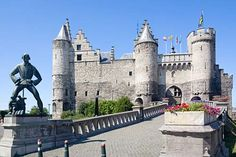 Het Steen is medieval fortress in the old city centre of Antwerp. Built after the Viking incursions in the early Middle Ages as the first stone fortress of Antwerp, Het Steen is Antwerp's oldest building and used to be its oldest urban centre. http://en.wikipedia.org/wiki/Het_Steen