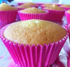 Cupcakes de Vainilla masa básica Muffins, Drip Cakes, Cake Pops, Cake Cookies, Finger Foods, Baking Recipes, Food And Drink, Chocolate, Sweet