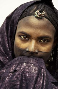 indigo - Jeune fille touareg. Gao.Mali