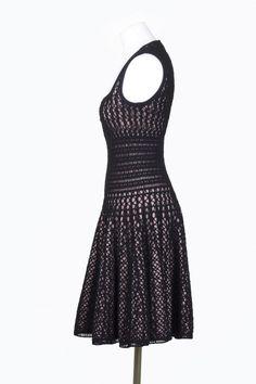 黑色钩针连衣裙 - 蕾妮 - 蕾雨轩