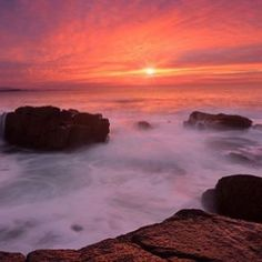 Sea fog & sunset, the beauty of Maine