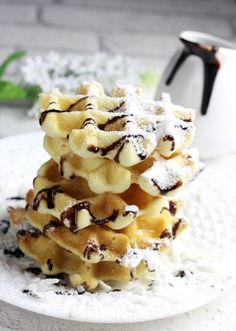 Kokosowe gofry bez glutenu Kids Cooking Recipes, Vegan Recipes, Snack Recipes, Dessert Recipes, Snacks, Carrot Cake Sandwich Cookies, Sweet Cakes, Healthy Desserts, Food Truck