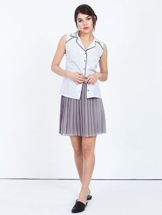 Summer white sleeveless blouse for women, White shirt with black stripes for woman. White blouse with black thin stripes, sleeveless, made from stable cotton fabric with a black ribbon binding along the v neck collar and the buttoning. Feminine and comfortable blouse that highlights the curves of the body.  Tip from me ♥ This fine look with the pleated skirt is so unique, suitable for day wear as well as summer evening cocktail.  Schillers size | Measures of scope: XS Bust: 34.5 | 88 cm…