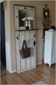 Cool Projects & cool idea for an entry way... could make this out of ply wood ... Pezcame.Com
