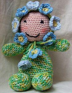 sleeping buddy gemaakt naar het patroon van Vanja Grundmann.http://amigurumibb.wordpress.com/2013/06/06/sleeping-buddies-lavender-stuffed-doll/