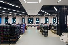 Primark store at Oxford Street by Dalziel and Pow, London store design