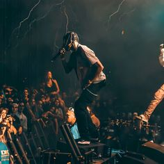 is an independent artist creating amazing designs for great products such as t-shirts, stickers, posters, and phone cases. Travis Scott Concert, Travis Scott Shoes, Travis Scott Outfits, Rap Wallpaper, Mobile Wallpaper, Iphone Wallpaper, Rap Concert, Hypebeast, Kobe Bryant Michael Jordan