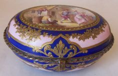SUPERB 18th C LOUIS XVI SEVRES PORCELAIN DRESSER / JEWELRY BOX