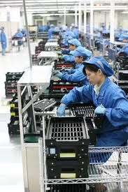 The Boost describes blue-capped chip factory workers in China. These are actual tech factory workers today in China. General Motors, Fun Questions To Ask, This Or That Questions, Ambition, Women In China, Home Based Jobs, Factory Worker, Conditioner, Migrant Worker
