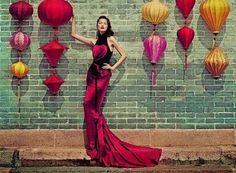 "First entry from my blog ""Mercadear está de moda"" por Zulenmari Rosado...part of an International Marketing class"