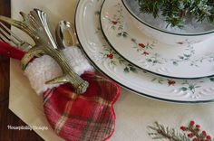 Pfaltzgraff Winterberry Collection-Housepitality Designs