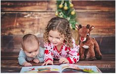 great for older siblings #christmasminisessions #christmasphotography #thephotographersboutique