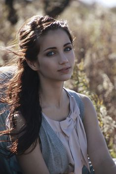 ((fc: Emily Rudd)) hey, i'm allison i'm kind of a rebel but i'm looking for someone to be one with me.. 17 and alone