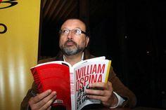 """""""Aún no tenemos el país que nos merecemos"""": William Ospina"""