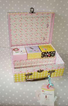 NEW BORN BABY GIRL OR BOY GIFT-KEEP SAKE CARRY CASE MAMAS & PAPAS MAKE  £9.99