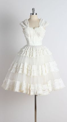 Westburn Affair . vintage 1950s dress . by millstreetvintage
