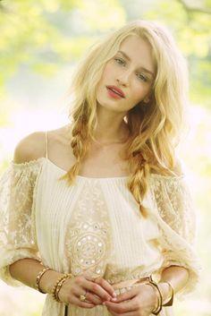 Yaz rüyası:Free People sınırlı sayıda üretim yaz elbiseleri | LikeBazaar