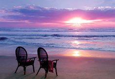 *Let's relax and enjoy the sunset. this weekend!!! i will have my toes in the sand!!