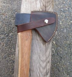 Don't do these often but while Collin was by the shop picking up his knife he dropped off this sweet custom made Hudson Bay axe to have a sheath made. Axe Sheath, Knife Sheath, Swiss Army Pocket Knife, Best Pocket Knife, Woodworking Tools For Sale, Woodworking Plans, Beil, Tactical Pocket Knife, Engraved Pocket Knives