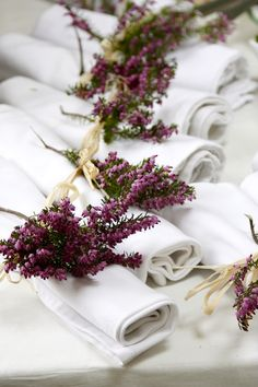 Flower Decorations, Wedding Decorations, Table Decorations, Heather Flower, Wedding Table, Wedding Day, Table Flowers, Home And Deco, Autumn Wedding