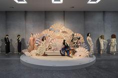 Living Design - Exposição que homenageia Karl Lagerfeld mostra todas as facetas do kaiser da moda