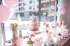 View of the beautiful table. Lima Limão - festas com charme