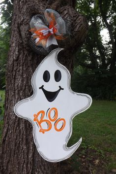 Ghost Door Hanger, Halloween Door hanger, Fall Door hanger, Spooky Door hanger, Wood door hanger, Halloween Party, Halloween Decor on Etsy, $45.00