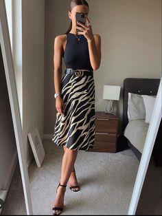 Work Fashion, Fashion Looks, Fashion Outfits, Womens Fashion, Ethical Fashion, Luxury Fashion, Summer Work Outfits, Office Outfits, Classy Outfits