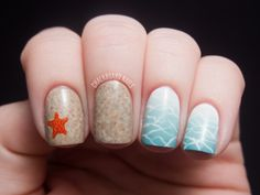 This mani totally makes me want to go to the beach! So much crazy talent here. Fun mani by Chalkboard Nails.