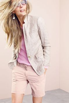 Crew women's Regent blazer in linen and harbor short. To pre-order, call 800 261 7422 or email verypersonalstyli. Source by rachierobb for women Paris Outfits, Summer Outfits, Casual Outfits, J Crew Style, Style Me, J Crew Looks, J Crew Summer, Talons Sexy, Divas