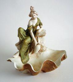 Royal Dux Art Nouveau 'Maiden on Clamshell' Centrepiece c1920