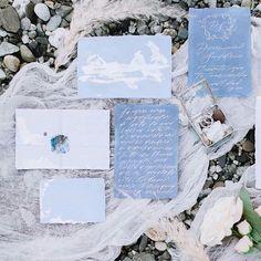 sea wedding  wedding calligraphy glass box ring box wedding rings wedding inspiration стеклянная шкатулка blue bridal morning wedding decor шкатулка для колец утро невесты свадебный декор обручальные кольца