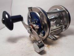 Vintage Olympic DOLPHIN 625LW Conventional Saltwater Fishing Reel Surf Pier Boat #Olympic