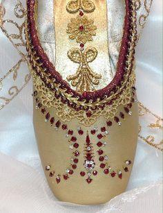 Toe Shoes, Ballet Shoes, Dance Shoes, Ballet Costumes, Dance Costumes, Colored Pointe Shoes, Dance Crafts, Ballet Crafts, La Bayadere