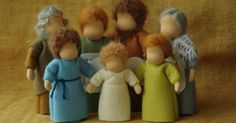 waldorf table top puppets | Waldorf table puppets - family - a set of 7 persons // Fairy tale set