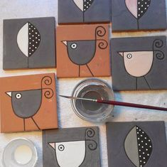 Despite the sunny afternoons that have deluded me into living in an eternal spring, I realize that the autumn events are at … Pottery Painting, Ceramic Painting, Ceramic Art, Animal Art Projects, Ceramic Workshop, Country Paintings, Mosaic Projects, Arte Popular, Abstract Canvas Art