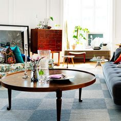 Living Room Green, Living Room Interior, Living Room Decor, Modern Vintage Decor, Josef Frank, Classic Furniture, Living Room Inspiration, Interior Design, Home Decor
