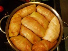 cabbage rolls with tomato sauce - recipe - Recipe: Polish cabbage rolls with tomato sauce picture no. 3 -Polish cabbage rolls with tomato sauce - recipe - Recipe: Polish cabbage rolls with tomato sauce picture no. Budget Freezer Meals, Cooking On A Budget, Frugal Meals, Easy Meals, Tomato Sauce Recipe, Sauce Recipes, A Food, Food And Drink, Easy Pork Chop Recipes