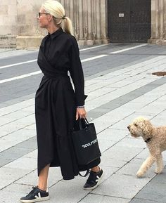 Martina Meier: Adult Fashion Look - Woman Delice Mode Outfits, Casual Outfits, Fashion Outfits, Ladies Outfits, Black Women Fashion, Womens Fashion, Fashion Fashion, Sneakers Mode, Inspiration Mode
