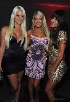 Maryse, Kelly Kelly & Brie Bella Womens Royal Rumble, Brie Bella, Wwe Superstars, Bodycon Dress, Celebs, Formal Dresses, Sexy, People, Fashion