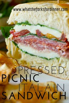 make ahead picnic sandwich! - Easy make ahead picnic sandwich! -Easy make ahead picnic sandwich! - Easy make ahead picnic sandwich! - Need an easy and delicious sandwich . Deli Sandwiches, Pressed Sandwich, Sandwiches For Lunch, Soup And Sandwich, Sandwich Recipes, Breakfast Sandwiches, Italian Sandwiches, Cake Recipes, Gastronomia