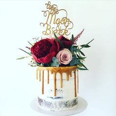 Semi naked cake with caramel drizzle and fresh flowers by www.savvycakes.com.au