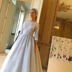 jufeutryDécouverte de la collection prefall 16-17 @delphinemanivet ! Et je suis sous le charme ! #wedding #fashion #weddingdress #paris #beautiful #prefall #pretaporter #delphinemanivet #latergram