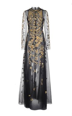 High Neck Full Sleeve Embroidered Gown by Oscar de la Renta Pretty Outfits, Pretty Dresses, Beautiful Dresses, Glamorous Dresses, Fantasy Dress, Gowns Of Elegance, Dream Dress, Costume Design, Couture Fashion
