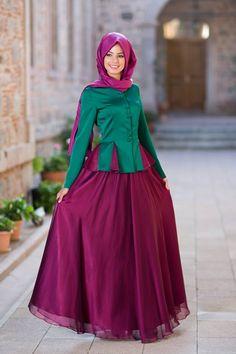 Maxi dress Ramadan nights fashion.